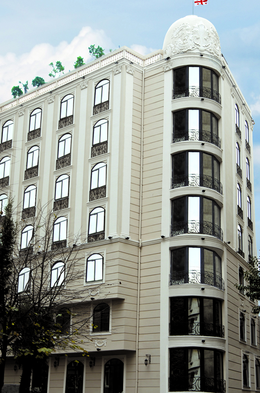 vere_palace_in_tbilisi.jpg